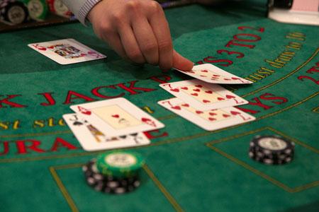 Blackjack spielen mit hohen Einsaetzen